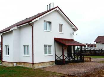 Отдельные двухэтажные дома